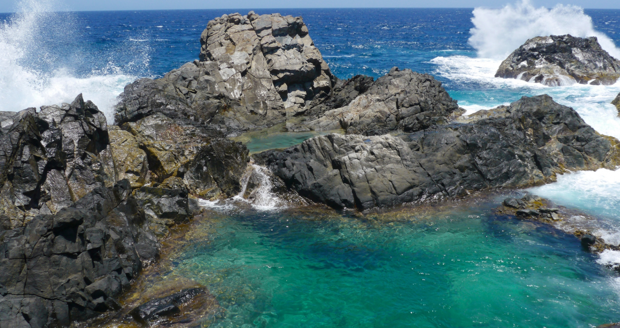 natural_pool_aruba_boat_atracttion_aruba_destinations