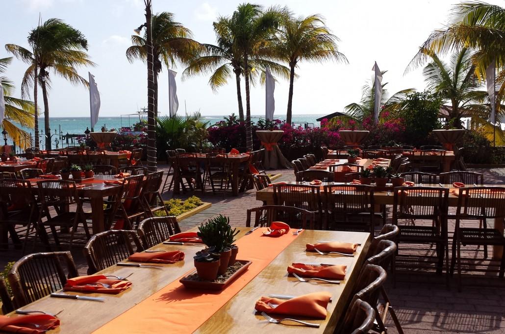 hotel beach set up event