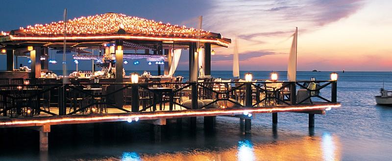 dine around aruba